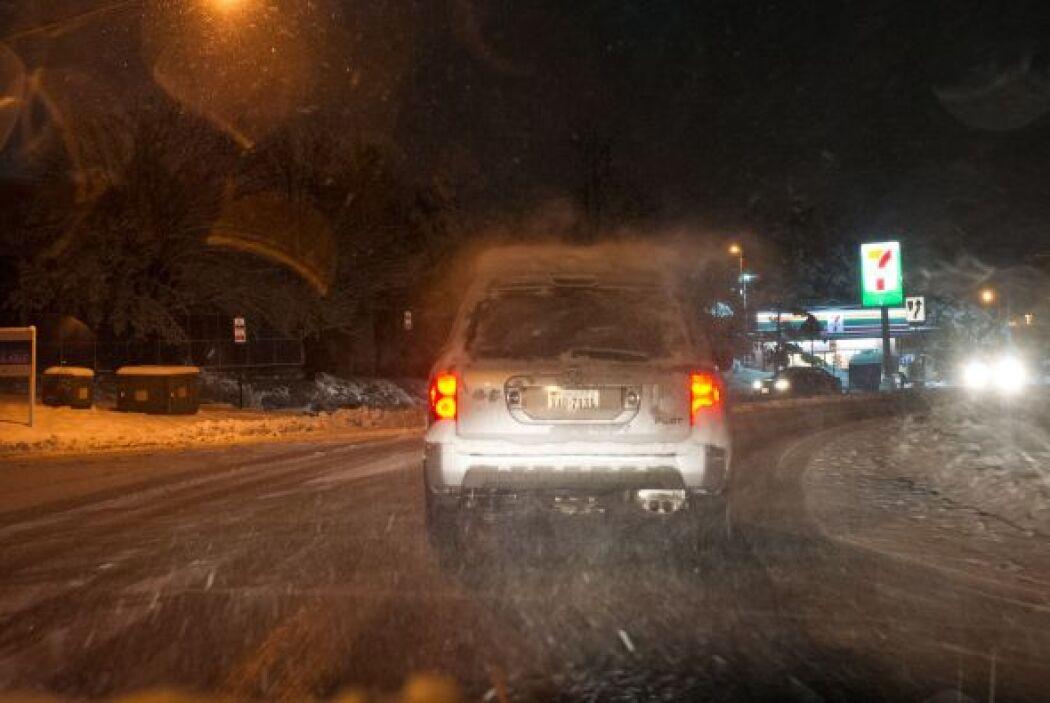 Las autoridades recomiendan precaución en las carreteras que conectan Vi...