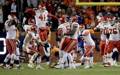Los Chiefs vencen a los Broncos en tiempo extra