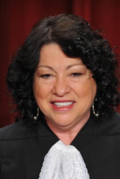 Sotomayor, de origen puertorriqueño, nacida en el barrio del Bronx de Nu...