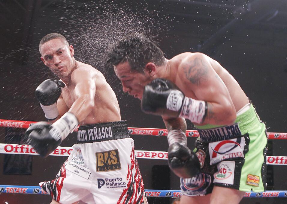 Juan Francisco 'Gallo' Estrada tiró 7 veces a Hernán 'Tyson' Márquez GAL...