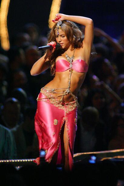 Shakira la Bellydancer: Ella nos demostró que bailando asi, &iexc...