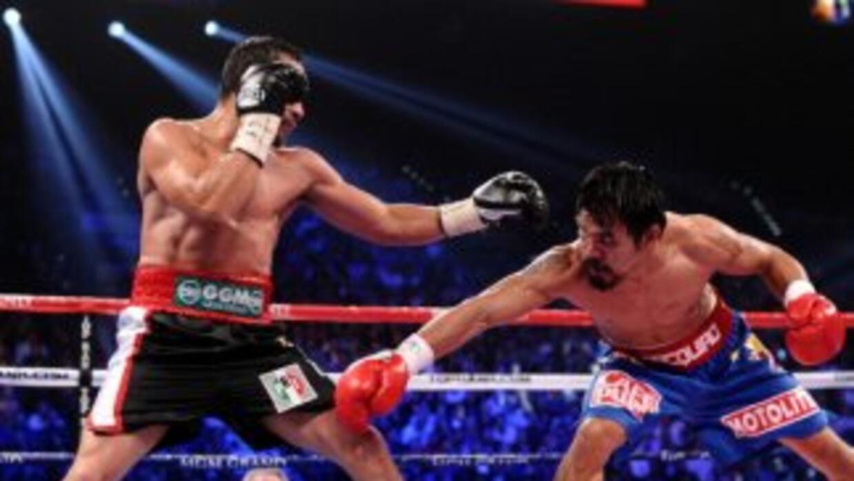 Juan Manuel Márquez utilizó el logo del PRI en su combate ante Manny Pac...