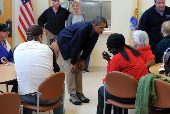 El Presidente Obama visitó albergues en Atlantic City, NJ, tras l...