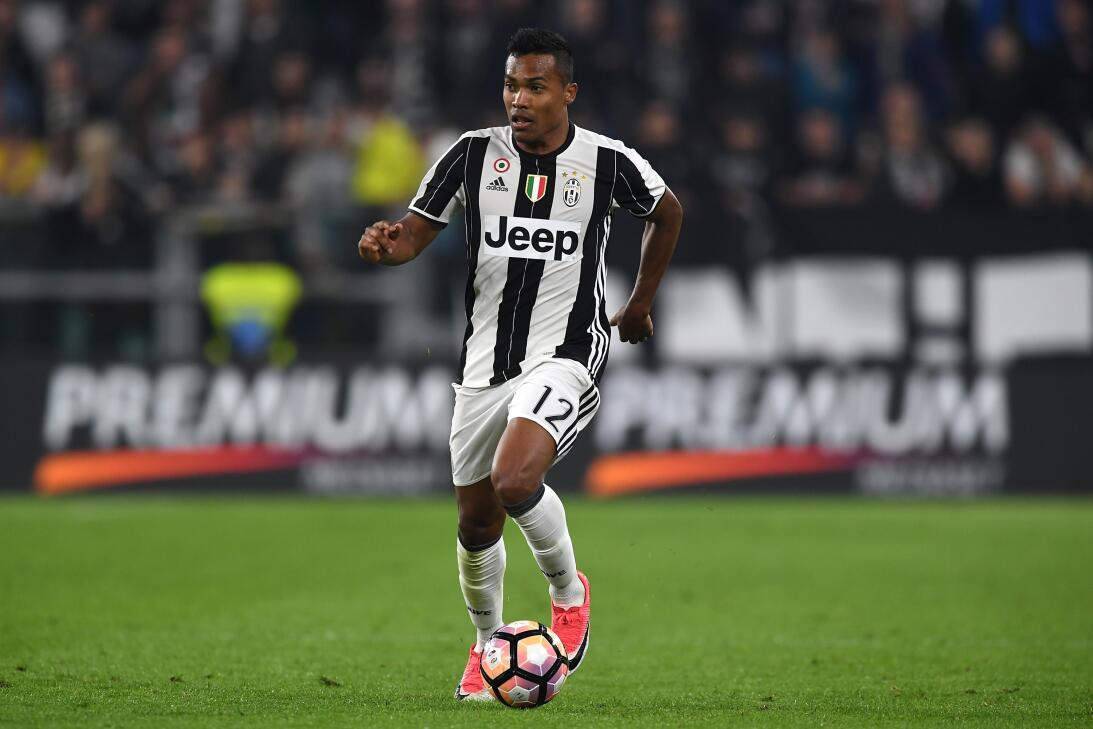 Alex Sandro (Juventus) - Es uno de los mejores extremos del fútbol itali...