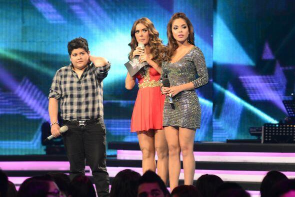 Y, directo del paredón, eligieron a Yesenia Hernández para que abandonar...