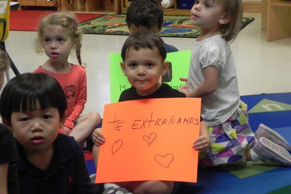 Pequeños de dos y tres años de edad a los que Ligia de Uriarte da clases.