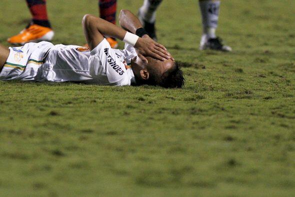 Llanto de un artista llamado Neymar. Ocurrió en el partido ante Cerro Po...