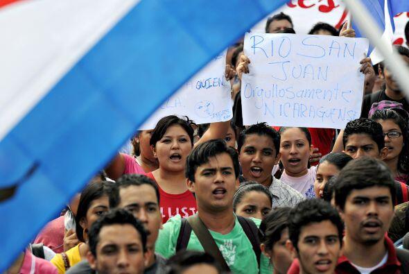 Los estudiantes apoyaron la postura de Ortega que conlleva el dragado de...