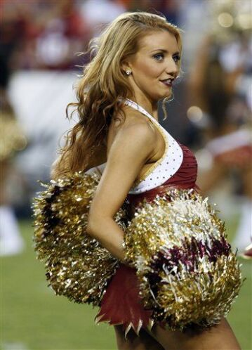 La belleza de la tribu levantó suspiros en los fans de los Redskins, tod...