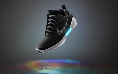 Nike HyperAdapt 1.0 in Black