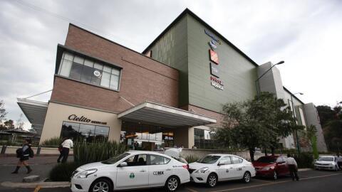 El centro comercial Patio Santa Fe, afuera del cual se vio a Marí...