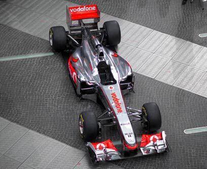 ¿Híbridos en la F1?Debajo de la carrocería el auto tiene un completament...