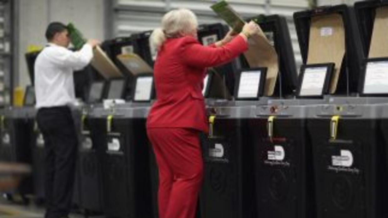 Electores en Miami. (Archivo)