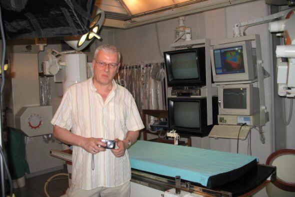 Eva Salguero recuperó la vista en esta clínica, casi 30 a&...