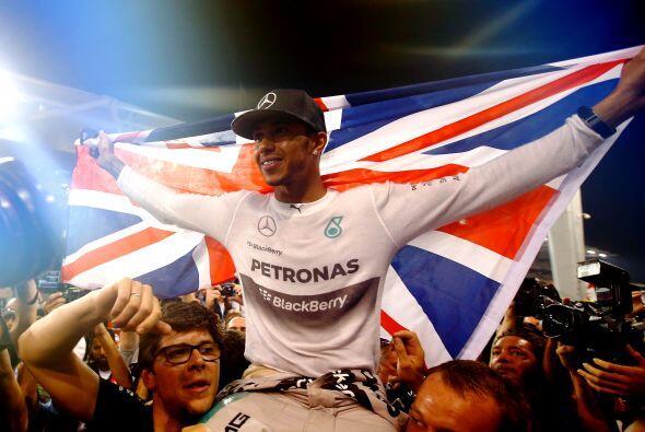 En lo que se refiere al campeonato de pilotos, el espectacular británico...