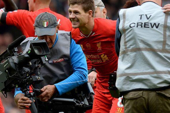 Liverpool se quedó con los tres puntos y con ese resultado aseguró depen...