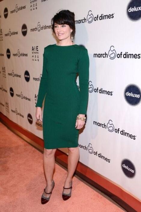 La actriz Madchen Amick fue otra belleza que engalanó la alfombra roja d...