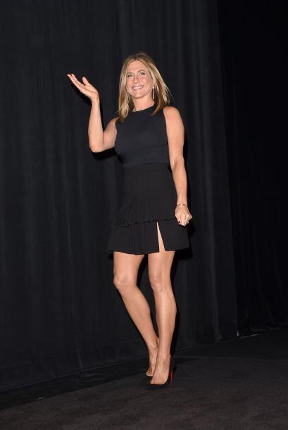 Pero a juzgar por las imágenes, Jen no parece embarazada.