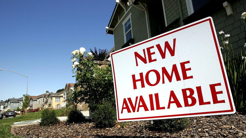 El costo promedio de una vivienda en California era de $460,000 en febre...