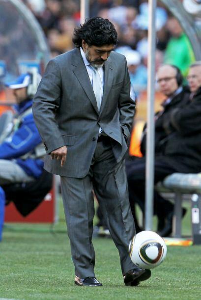 Maradona seguramente ya estaba pensando en su rival para los 8vo.s de fi...