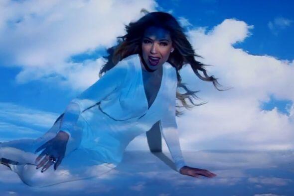 Thalía, como cantante es extremadamente sexy, pero como mamá es todo amor.