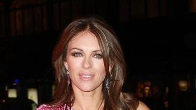 La modelo y actriz Elizabeth Hurley se separará de su esposo, en medio d...