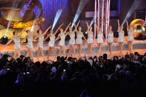 Las bailarinas le dieron ese toque clásico al evento y ellas tamb...