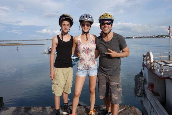 Carlitos Calderón se fue de vacaciones a Bali, donde encontró lugares in...