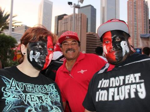 Sigue la Rocketmanía en Houston