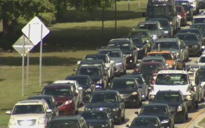 El transporte público y la congestión del tránsito, grandes problemas pa...