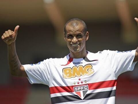 El veterano Rivaldo fue presentado como el refuerzo de lujo para el Sao...