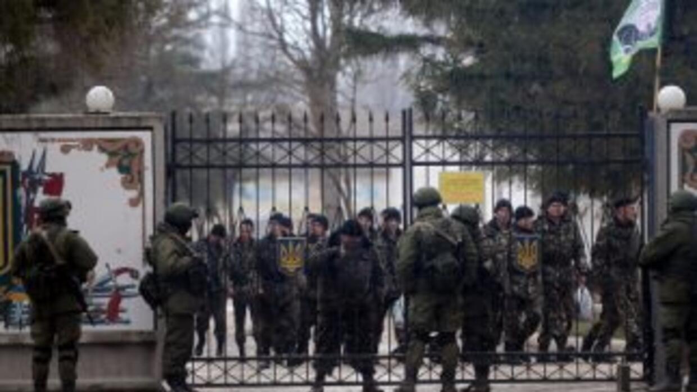 Un referendo en Crimea aprobó por abrumadora mayoría de votos la secesió...