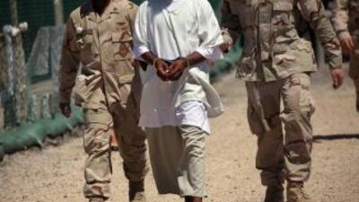 La prisión de Guantánamo se encuentra en el extremo este de la isla de C...
