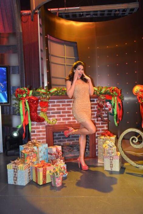 De nueva cuenta Vanessa decidió que no se quedaría fuera de los regalos...