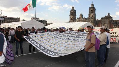La Ciudad de México indignada por las desapariciones de los estudiantes