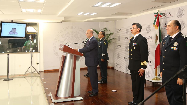 Renato Sales, comisionado de seguridad mexicano, en conferencia de prens...