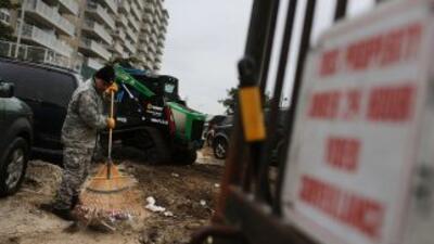 """Otras 510 personas identificadas como damnificadas por """"Sandy"""" están en..."""