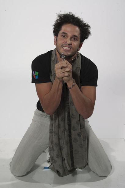 El comediante de la competencia se robó el show con este personaje.