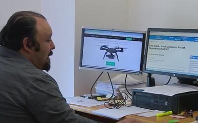 Programa gratuito entrena sobre el uso de drones en universidad de Los Á...