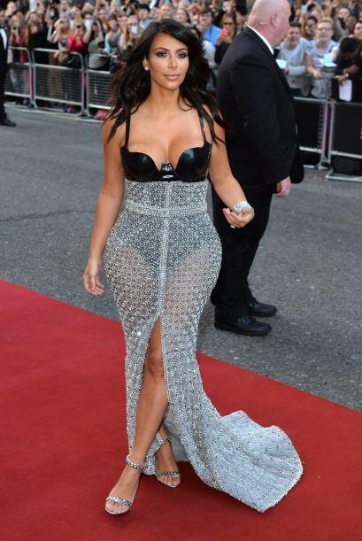 Kim Kardashian, suele llevarse las miradas de todos, pero con esta red,...