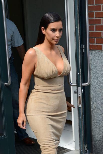Poco a poco la Kardashian ha ido refinando su imagen.Mira aquí lo...