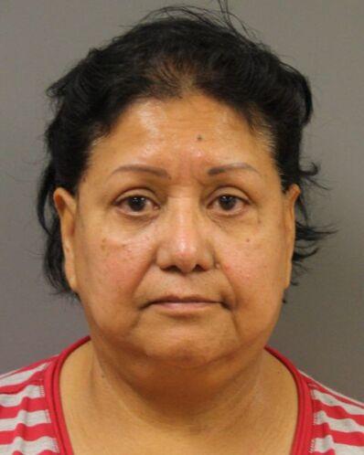 Consuelo Rivera- ciudadana acusada de hacerse pasar por un oficial