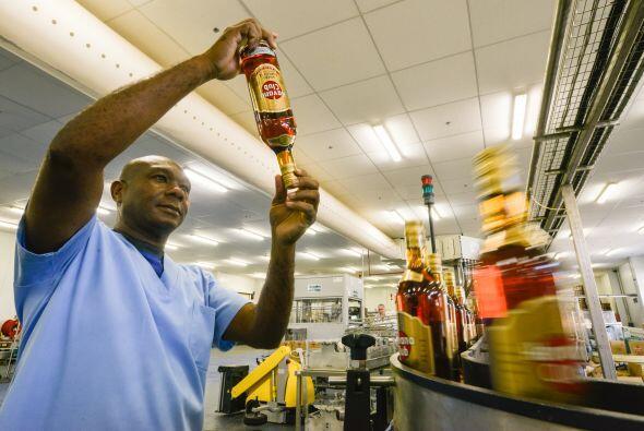 En la actualidad 444,109 cubanos ejercen el trabajo privado, en un pa&ia...