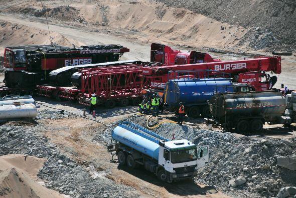 Mañalich dijo que los mineros no serán sedados al momento...