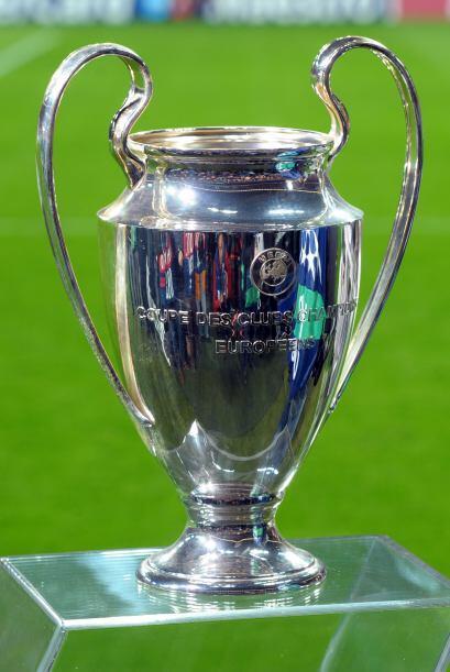 Los teutones tuvieron un invitado especial, el trofeo de la 'Champions',...