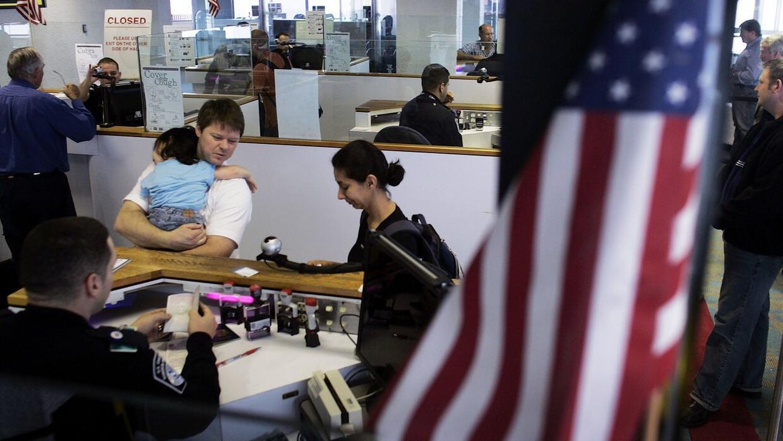 La ventana para beneficiarios de DACA que estén casados con un ciudadano...