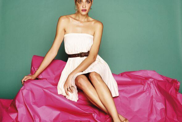 Quien logró que la modelo luciera de lo más sensual y natu...