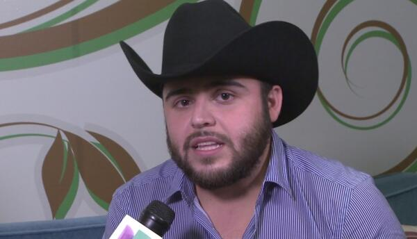 Gerardo Ortíz llegó a Houston para presentar su nuevo sencillo 'Regresa...