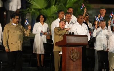 Raúl Castro crítica el muro fronterizo que quiere construir Donald Trump