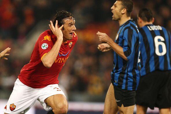 Pero Luca Toni no permitió que así fuera y le devolvió la tranquilidad a...